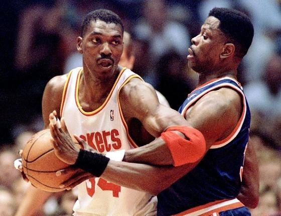 HoopsCritic Hot 50 – #12 Hakeem Olajuwon